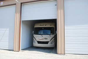 Fully enclosed storage units