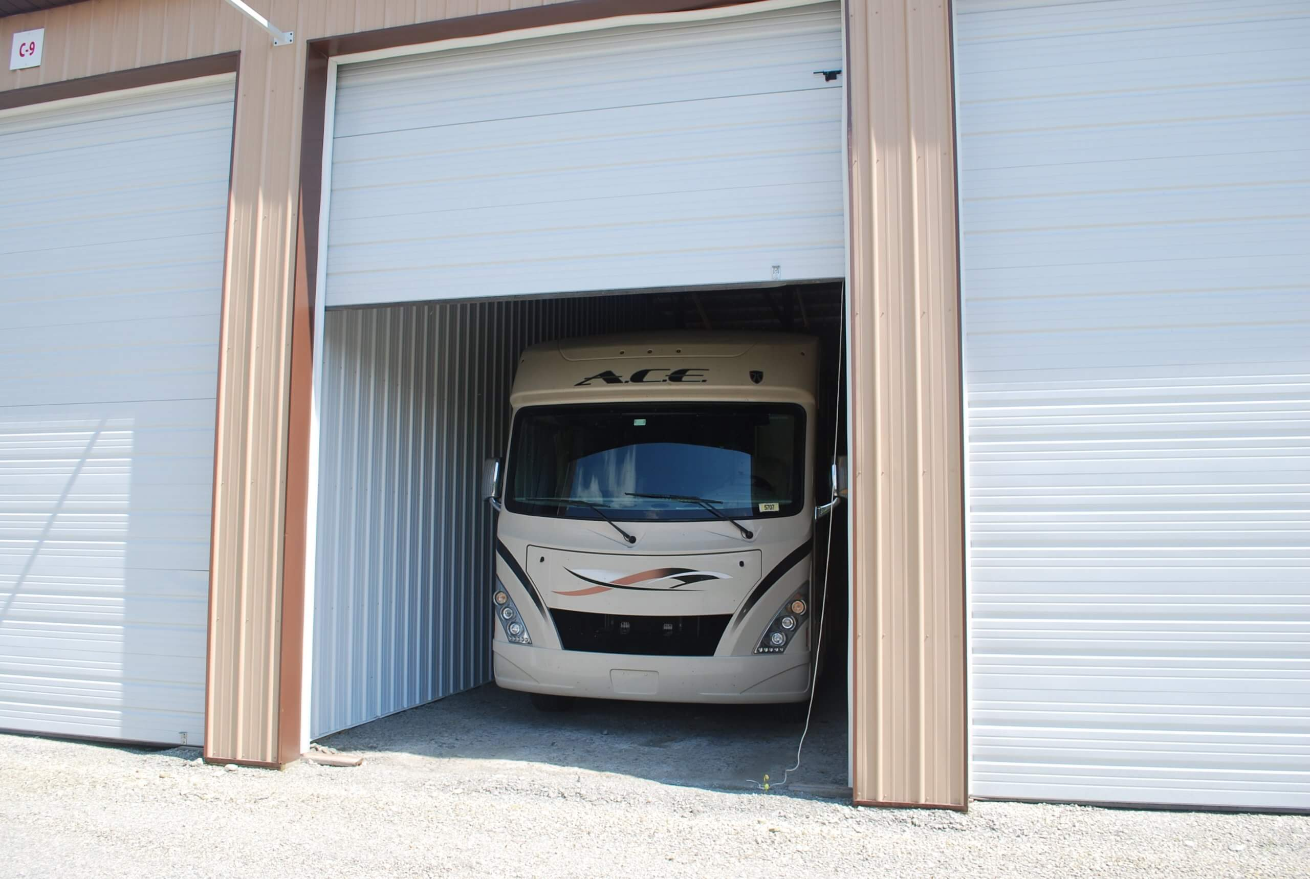 Fully Enclosed Storage for Vehicles, Boats, Trailers and RVs
