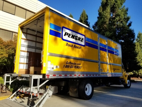 Penske moving truck rental